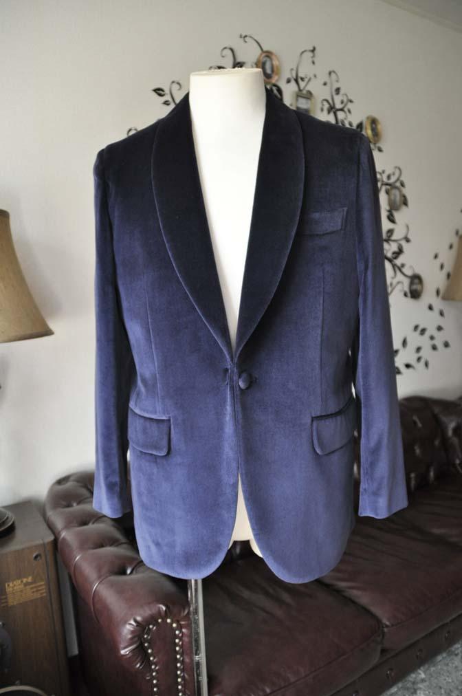 DSC0838-3 お客様のジャケットの紹介-DUGDALE ネイビーベルベットショールカラージャケット-DSC0838-3 お客様のジャケットの紹介-DUGDALE ネイビーベルベットショールカラージャケット- 名古屋市のオーダータキシードはSTAIRSへ