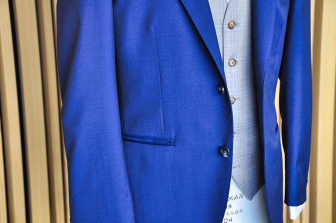 DSC1268 タキシードの紹介 リサージュ四季の抄挙式 ネイビースーツ グレージュチェックベストDSC1268 タキシードの紹介 リサージュ四季の抄挙式 ネイビースーツ グレージュチェックベスト 名古屋市のオーダータキシードはSTAIRSへ